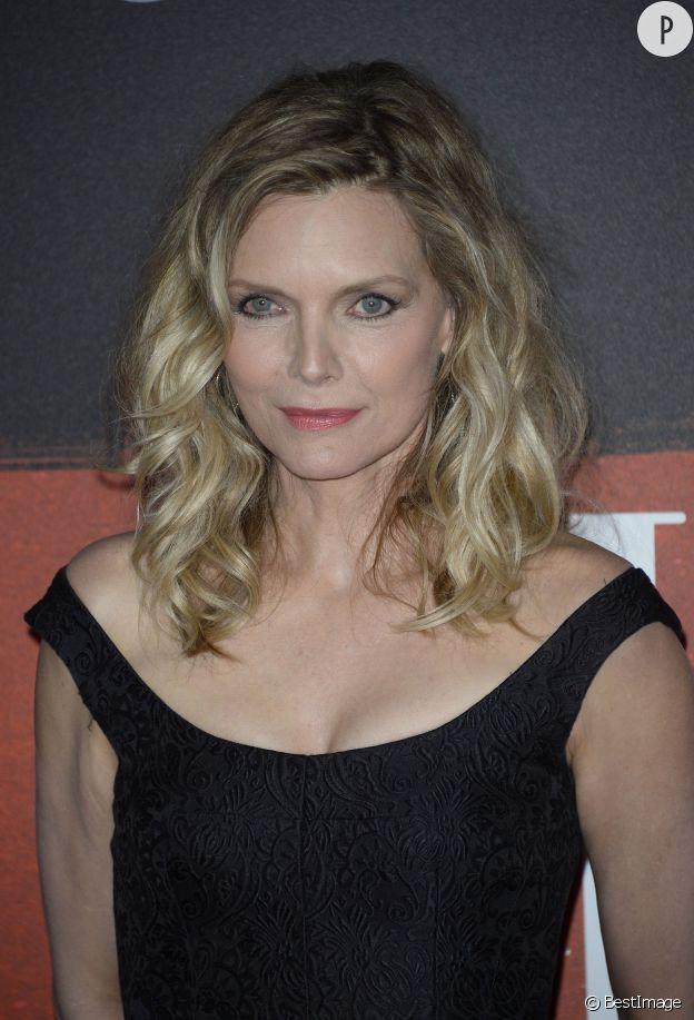 Michelle Pfeiffer, une quinqua canon.