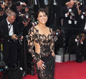Cannes 2015 : Michelle Rodriguez, nue sous sa robe Zuhair Murad.