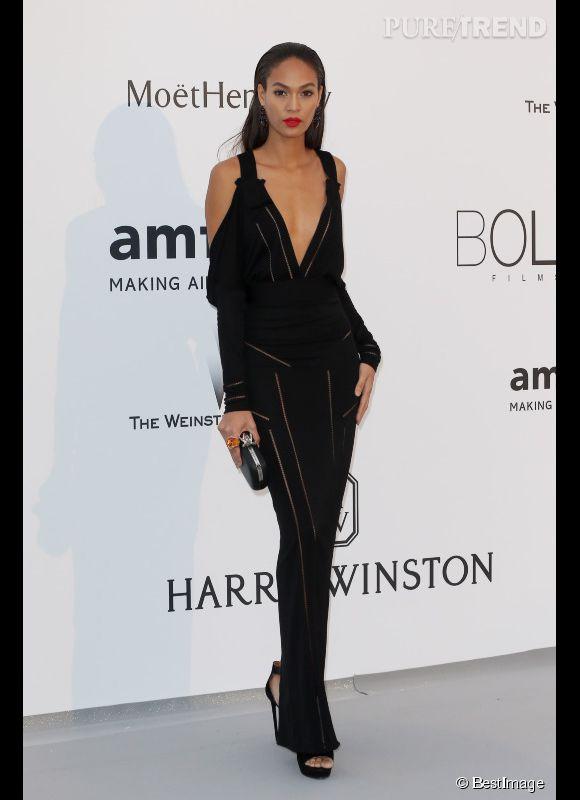 Joan Smalls en Givenchy au 22ème gala de l'amfAR Cinema against AIDS le 21 mai 2015 à Cannes.
