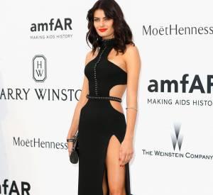 Isabeli Fontana en Redemption au 22ème gala de l'amfAR Cinema against AIDS le 21 mai 2015 à Cannes.