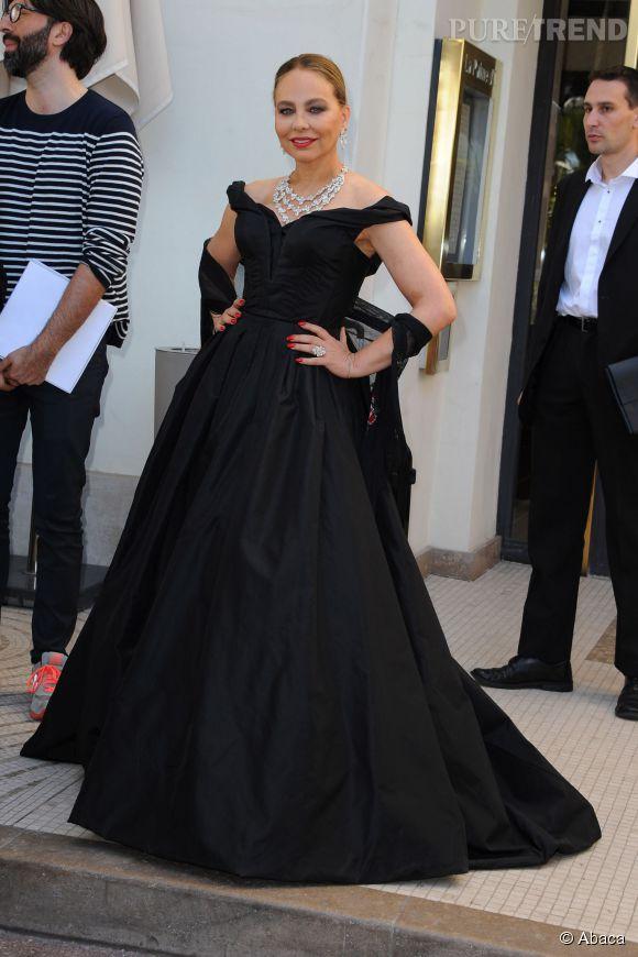 Ornella Muti en Ulyana Sergeeko au 22ème gala de l'amfAR Cinema against AIDS le 21 mai 2015 à Cannes.