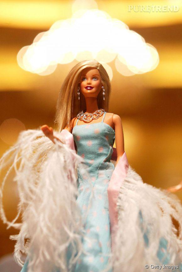 Barbie redescend finalement à plat.