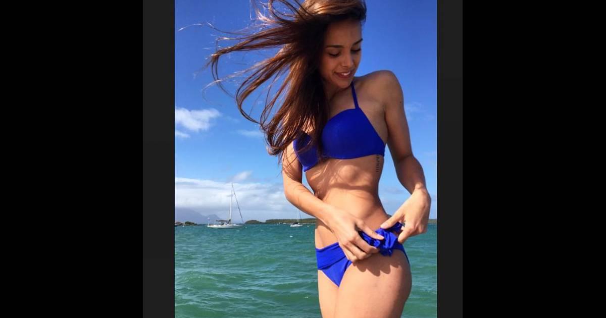 marine lorphelin shy 39 m les filles les plus nues de l 39 t 2015 sur instagram. Black Bedroom Furniture Sets. Home Design Ideas