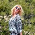 Victoria Silvstedt charme à St-Tropez.