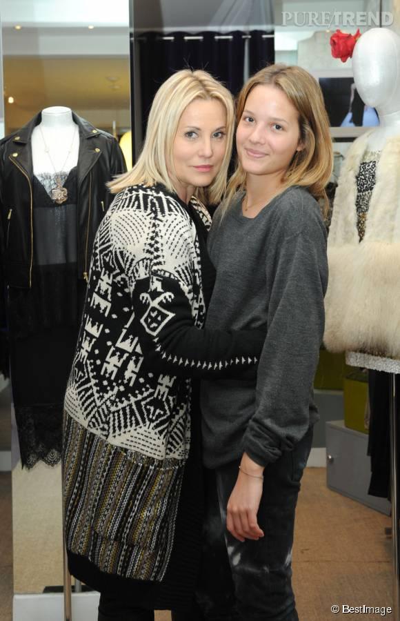 Sophie Favier et sa fille de 20 ans, Carla Marie.