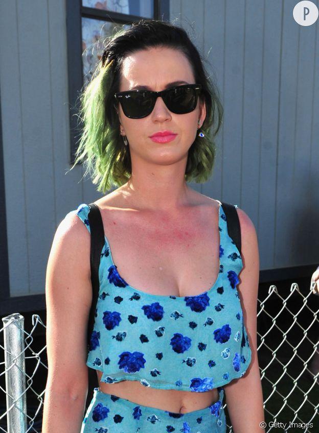 Katy Perry et son coup de soleil à Coachella.