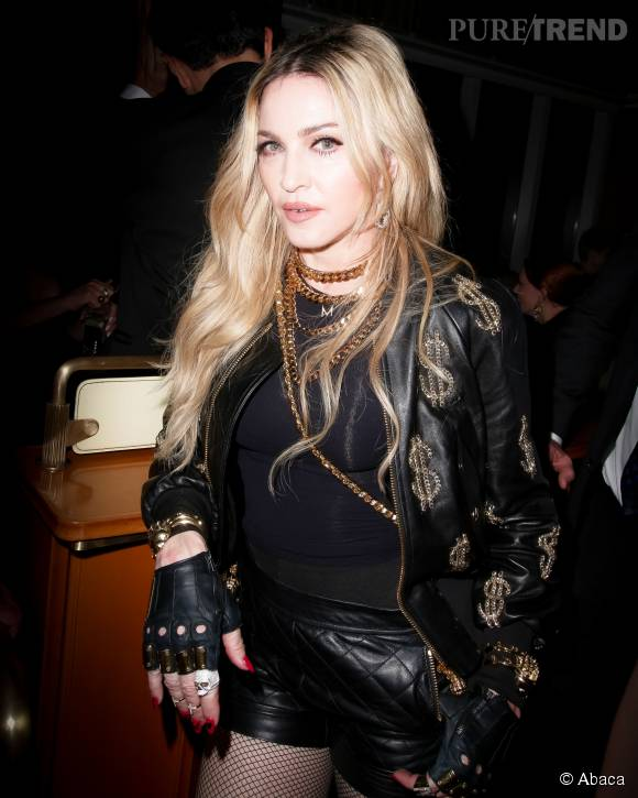 Madonna copie sa fille de 18 ans avec un piercing au septum.