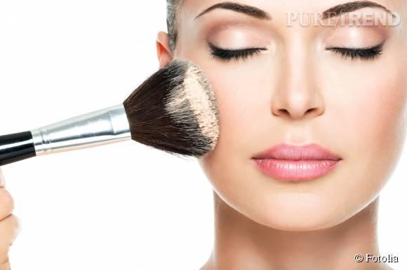 Rougeurs éphémères, érythrose, couperose ou rosacée : pour masquer les rougeurs du visage misez sur le makeup.
