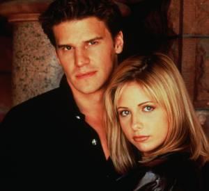 """David Boreanaz aka Angel et Sarah Michelle Gellar, alias Buffy, dans la série phare de la fin des années 90 début 2000, """"Buffy""""."""