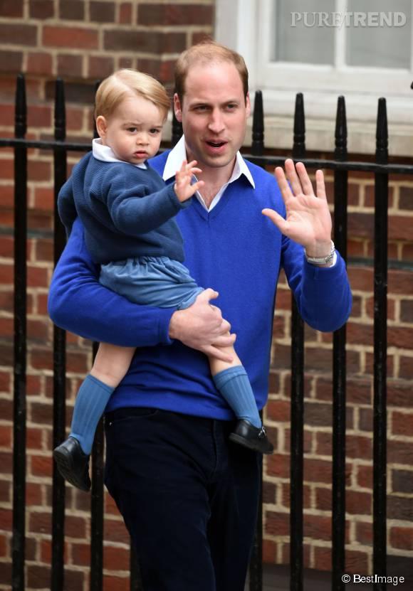Le jour de la naissance de sa petite soeur Charlotte (2 mai dernier), George était ravi. On dirait pas, mais il l'était.
