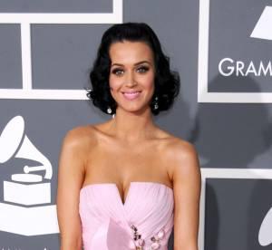 Katy Perry : décolleté de folie en couverture du Vogue Japon
