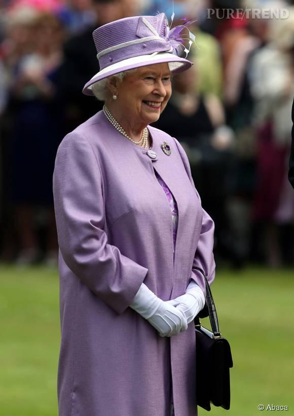 Elizabeth II, tout le monde aimerait prendre sa place.