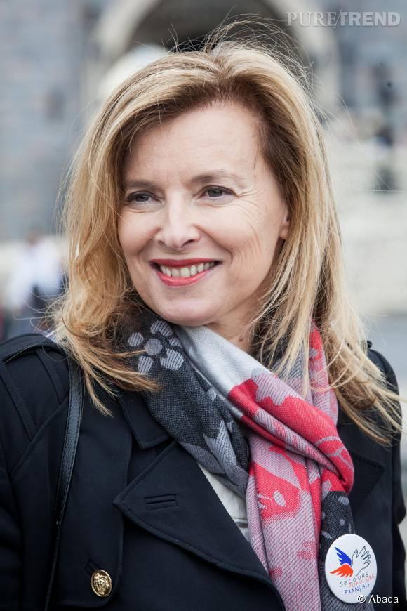 """Valérie Trierweiler se confie au site 7sur7.be et parle de sa notoriété mais aussi de son livre """"Merci pour ce moment""""."""