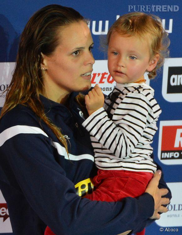 Laure Madaudou et sa fille Manon qu'elle a eu avec le nageur Frédérick Bousquet. La fillette a bien grandi !