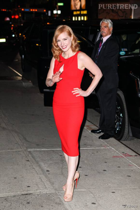 "Jessica Chastain assure la promo de ""Crimson Peak""."