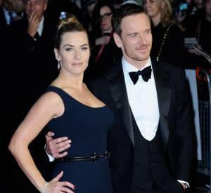 """Kate Winslet et son partenaire à l'écran Michael Fassbender à la première de """"Steve Jobs"""" à Londres le 18 octobre 2015."""