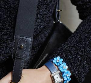 Poiray collabore avec Carven et dévoile ses bracelets fleuris en cet automne 2015.