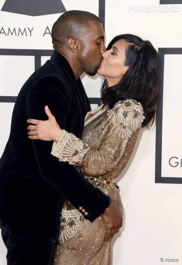 Kim Kardashian et Kanye West se sont fiancés le 21 octobre 2013.