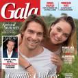 Le couple pose complice en couverture de  Gala .