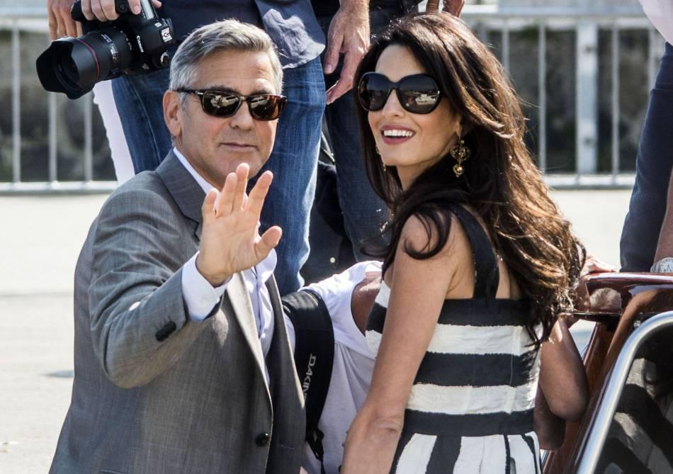 """George Clooney """" a attendu 30 ans """" pour épouser Amal Clooney."""