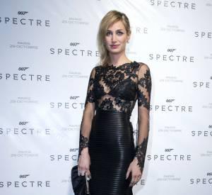 Ce soir-là, l'actrice est plus sexy que jamais dans sa robe Jitrois en cuir et dentelle.