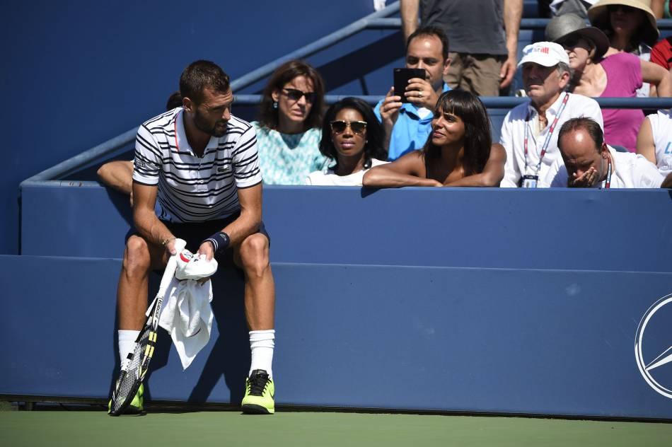 Shy'm dans les gradins de l'US Open, le 6 septembre, pour encourager Benoît Paire.