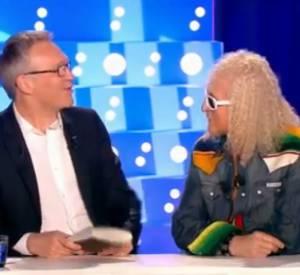 """Découvrez l'entrée triomphale de Michel Polnareff sur le plateau d'""""On est pas couché"""" !"""