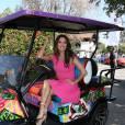 Eva Longoria radieuse pour sa journée au golf.