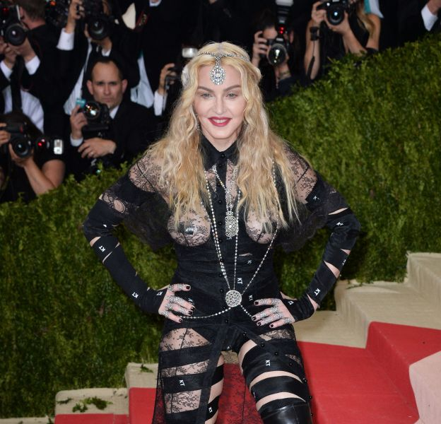 Madonna sur le red carpet du MET Ball 2016.
