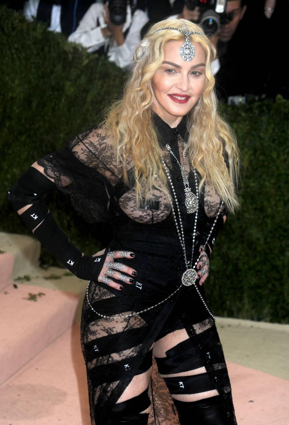 Madonna s'engage pour le droit des femmes.
