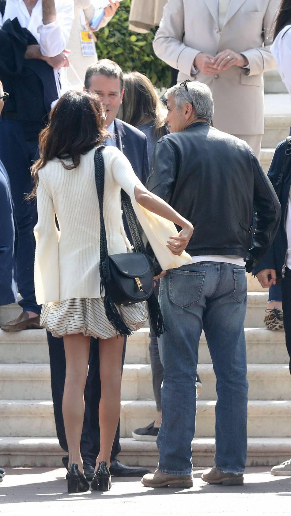 Le couple Clooney/Alamuddin arrivent à l'hôtel Eden Roc.