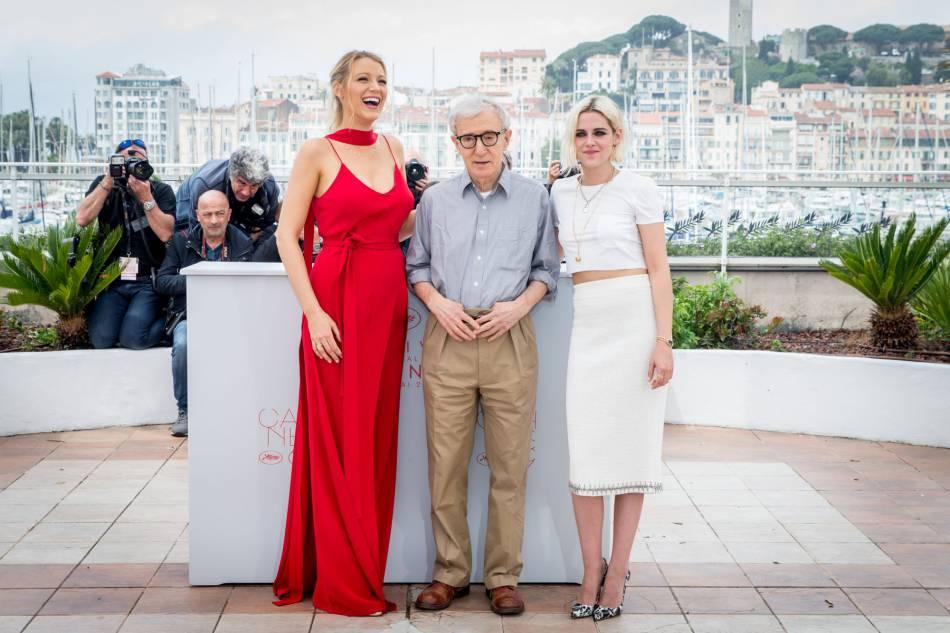 """Blake Lively et Kristen Stewart sont au casting du nouveau Woody Allen, """"Café Society"""", en salles ce mercredi."""