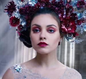 """Swarovski porté par Mila Kunis dans """"Jupiter : le destin de l'univers"""" en 2015."""