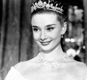 "Swarovski pare Audrey Hepburn dans ""Vacances romaines"" en 1953."