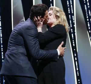 Cannes 2016 : le baiser de cinéma de Catherine Deneuve et Laurent Lafitte
