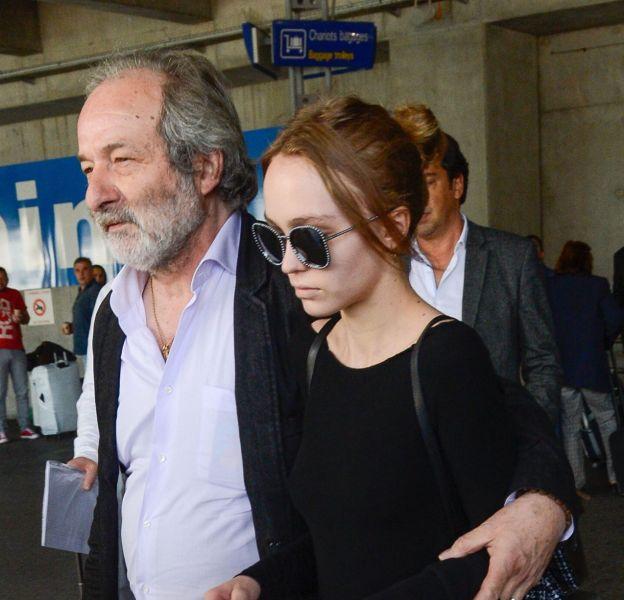 Lily-Rose Depp a fait son arrivée à Cannes ce jeudi 12 mai.