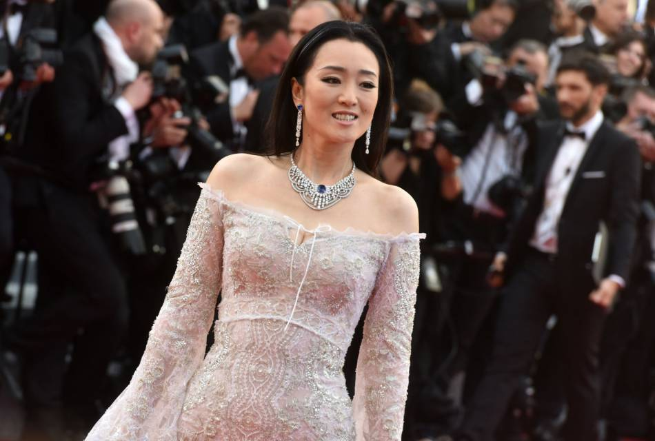 Gong Li porte du Piaget.