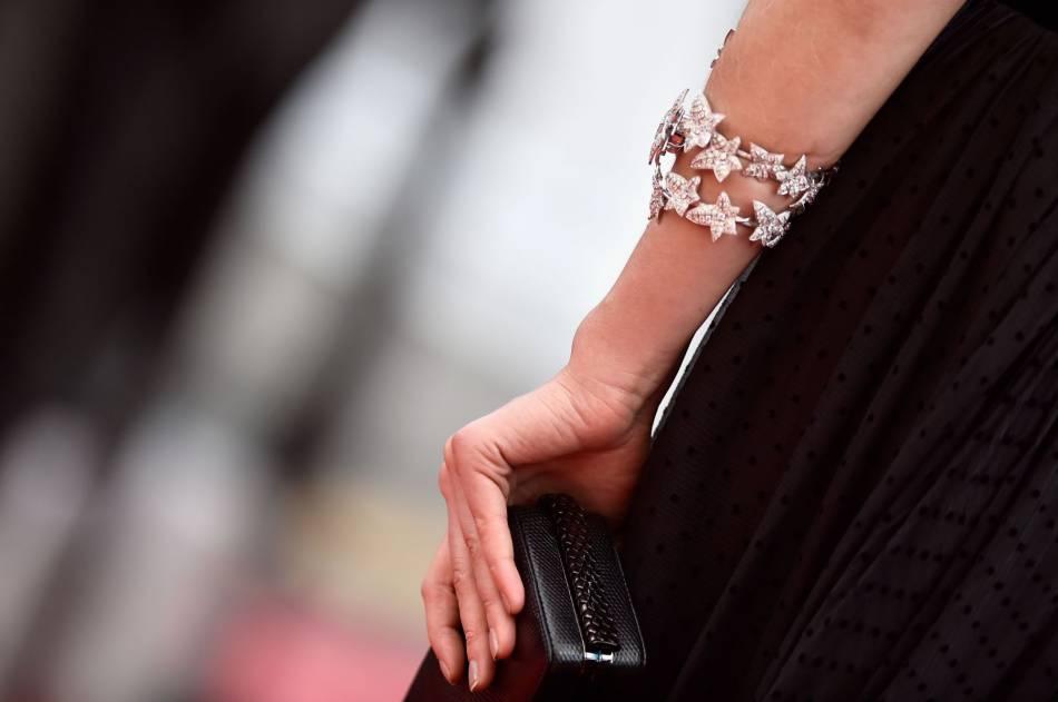 Les bijoux Boucheron de Toni Garrn.