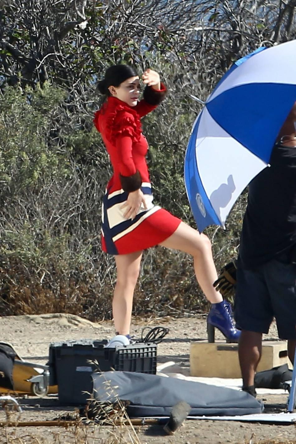 Kylie Jenner étoudissante sur la plage de Malibu.