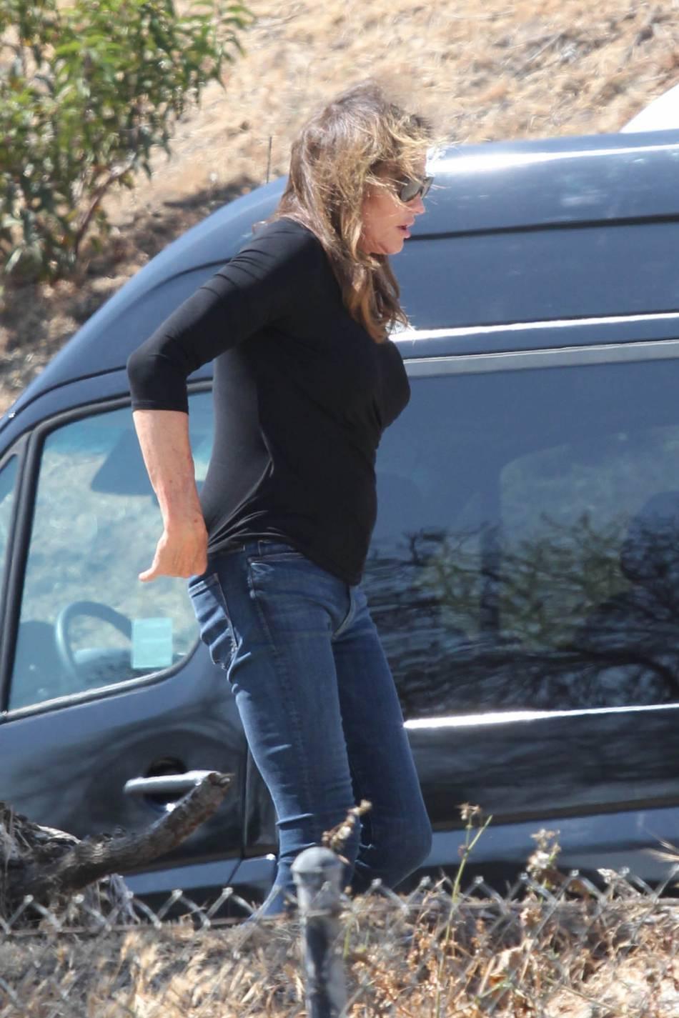 Caitlyn Jenner venu soutenir sa fille durant sa séance photo.