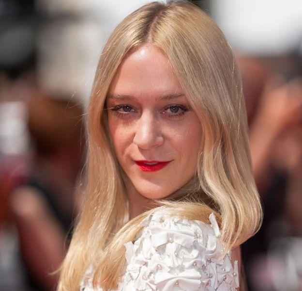 Chloë Sevigny triomphe à Cannes 2016 dans trois tenues Chanel.