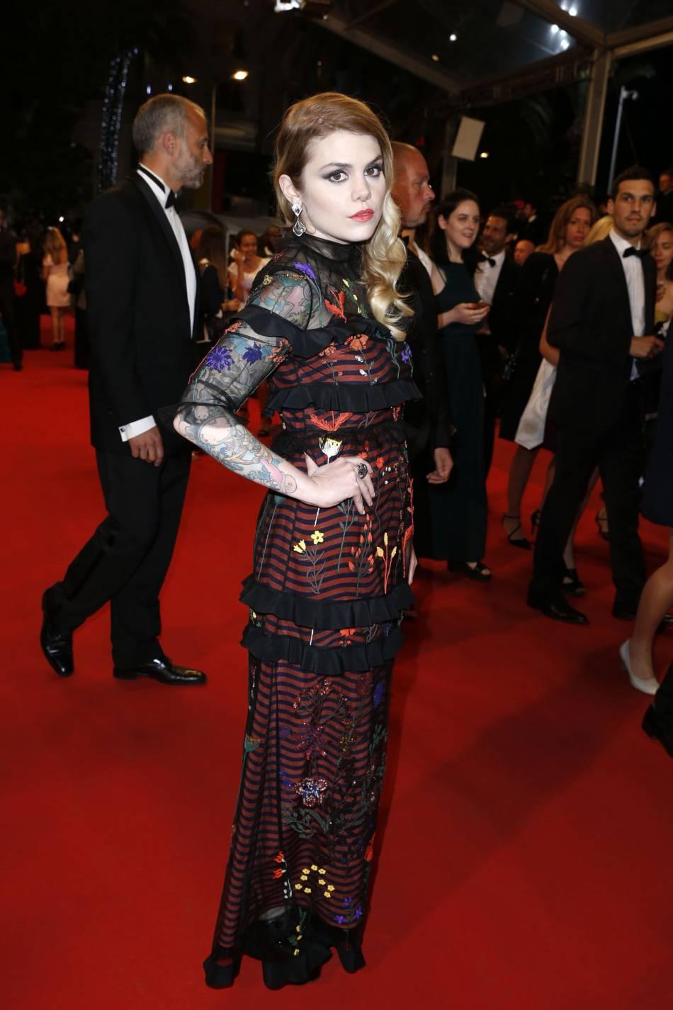 Béatrice Martin (alias Coeur de Pirate) se fait remarquer dans une robe Fendi.