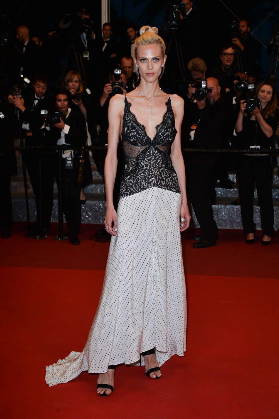 Aymeline Valade était à tomber dans une robe inspiration nuisette.