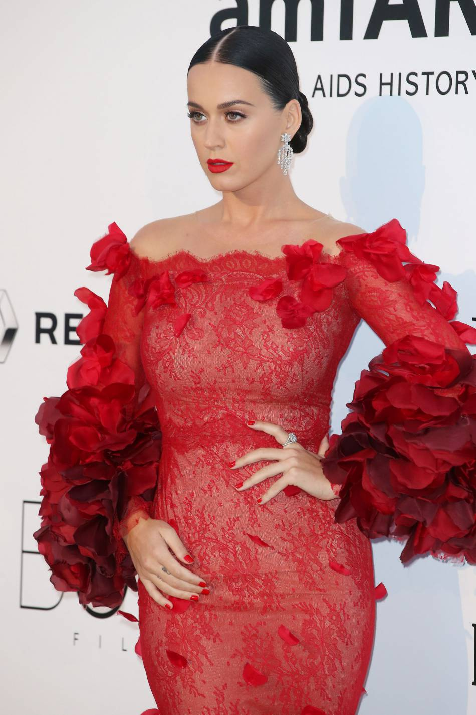 Katy Perry au gala de l'amfAR Cinema against AIDS le 19 mai 2016 à Cannes.
