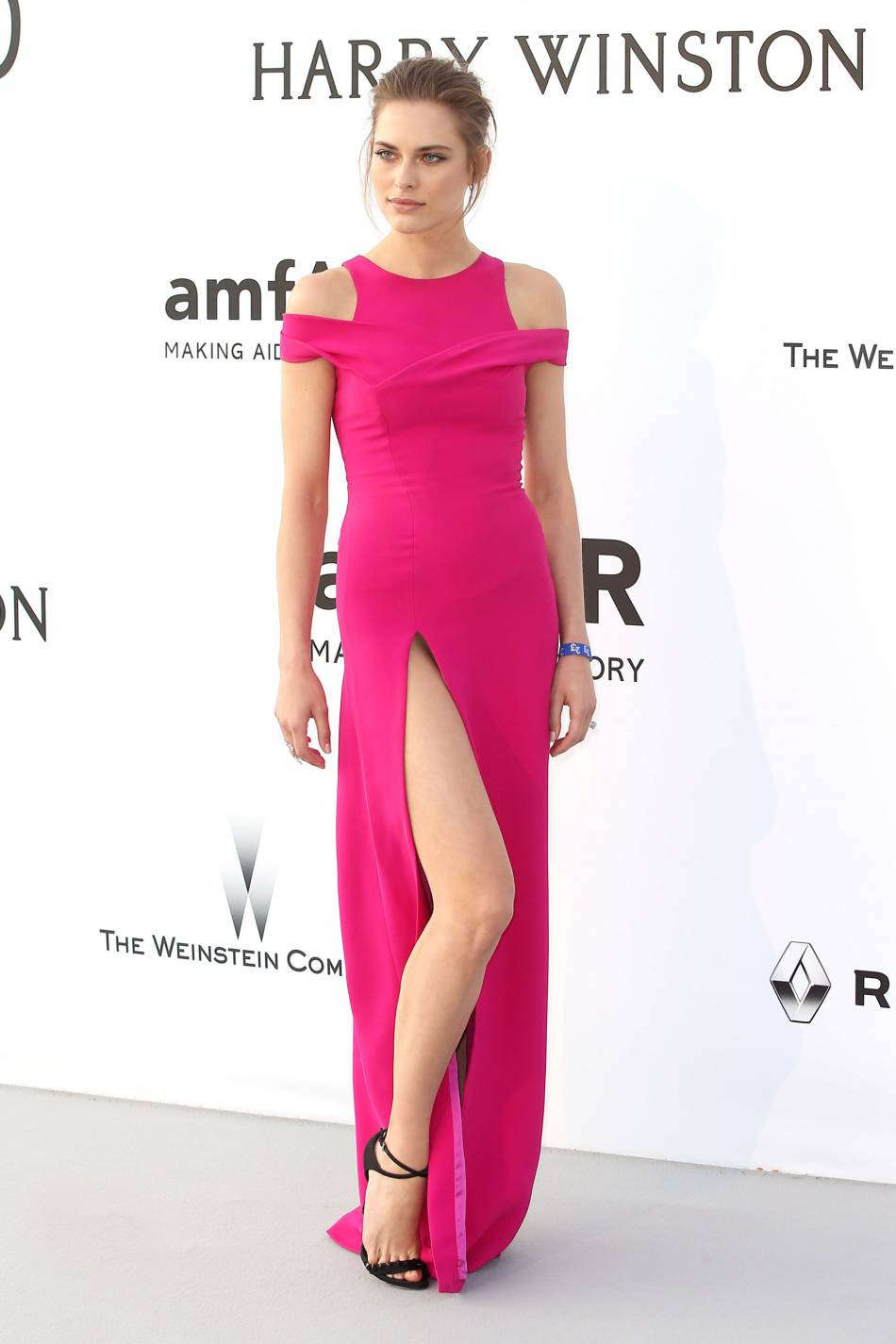 Lana Zakocelaau gala de l'amfAR Cinema against AIDS le 19 mai 2016 à Cannes.