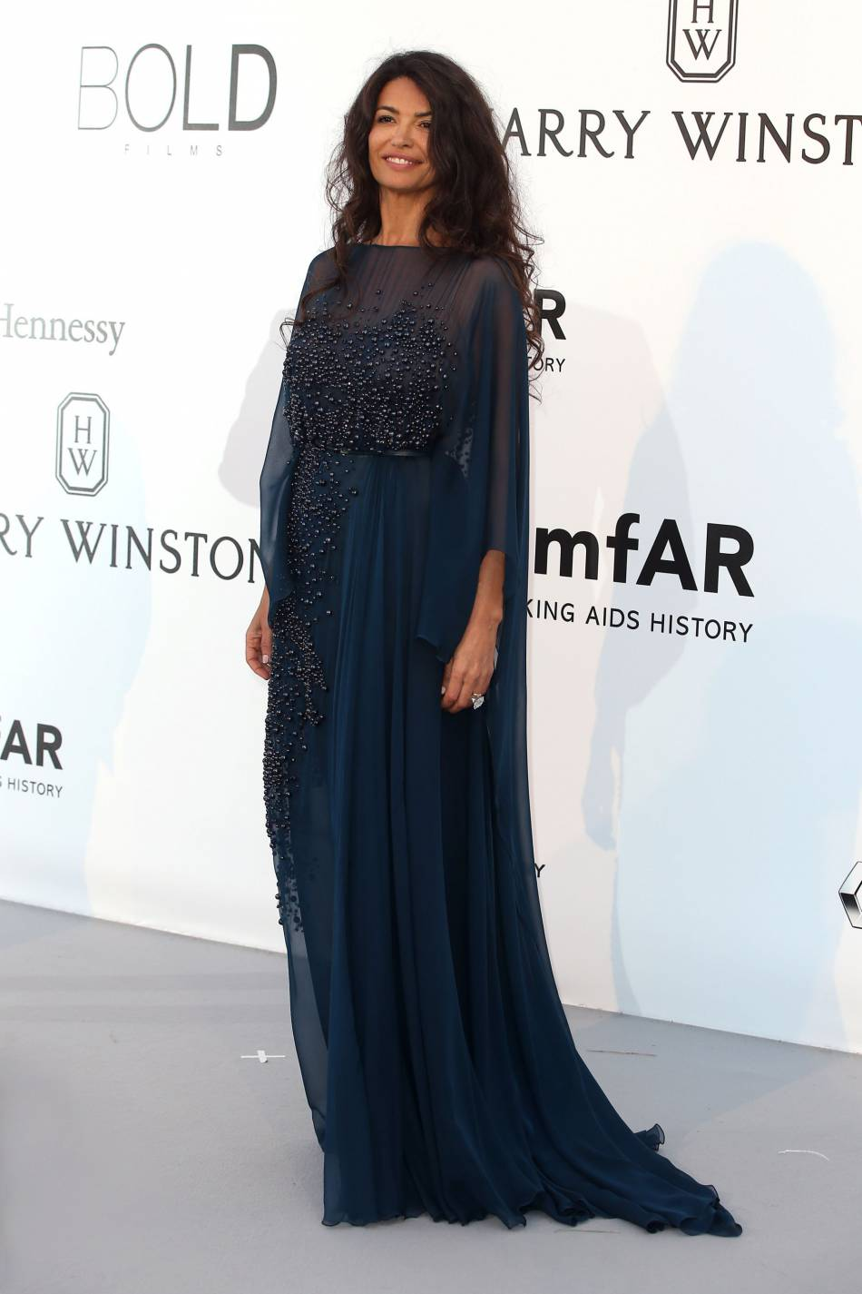 Afef Jnifen au gala de l'amfAR Cinema against AIDS le 19 mai 2016 à Cannes.