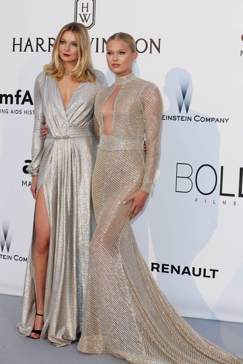 Eniko Mihalik et Vita Sidorkinaau gala de l'amfAR Cinema against AIDS le 19 mai 2016 à Cannes.