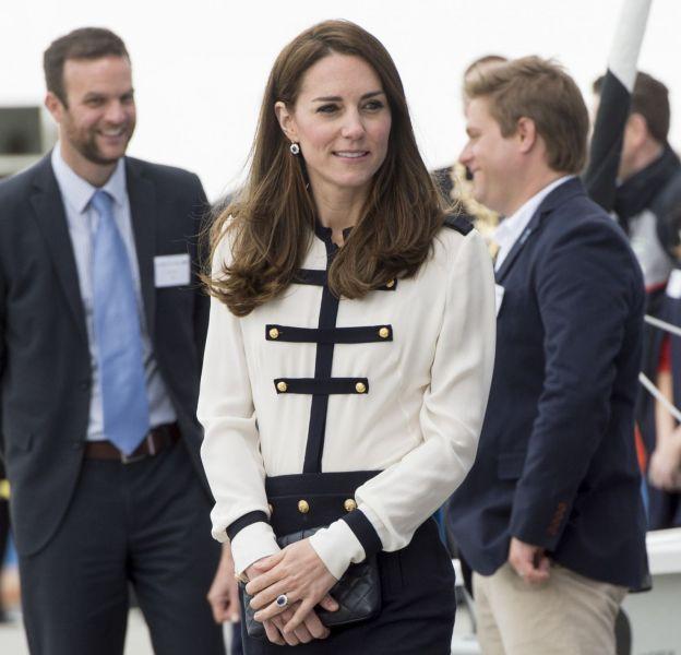 Kate Middleton a voulu coller au thème marin. Un peu trop.