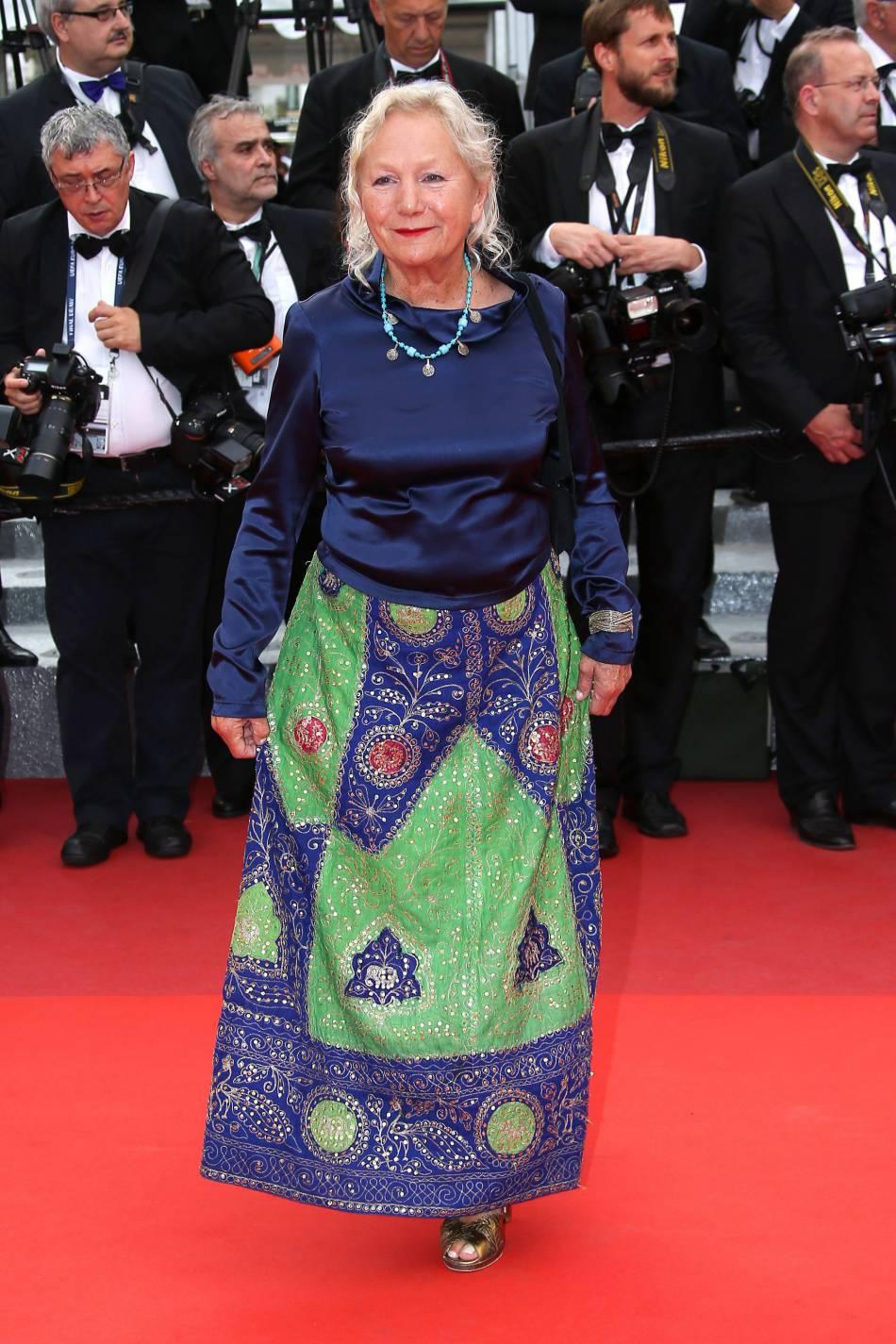 La créatrice Agnès b. sur le red carpet de Cannes, le 22 mai 2016.