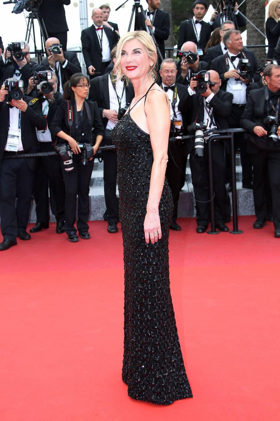 Michèle Laroque en Georges Hobeika Couture, à Cannes le 22 mai 2016.